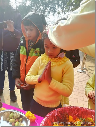 Basant Panchmi celebrations at Mothercare School Lucknow (1)