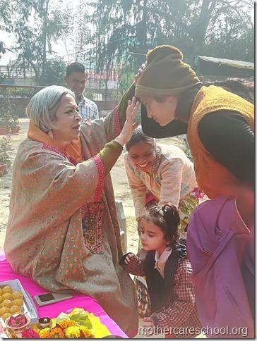 Basant Panchmi celebrations at Mothercare School Lucknow (10)