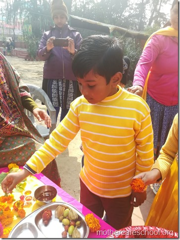 Basant Panchmi celebrations at Mothercare School Lucknow (13)