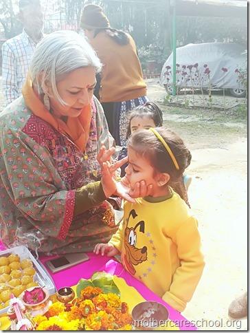 Basant Panchmi celebrations at Mothercare School Lucknow (2)
