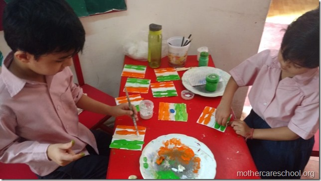 Children making national flag (3)