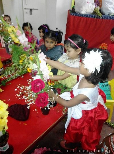 flower arrangement mothercare school, aliganj, lucknow (4)
