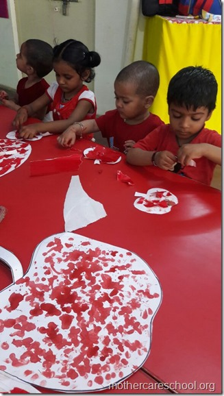 Handwork by the outgoing seniors of play group (5)