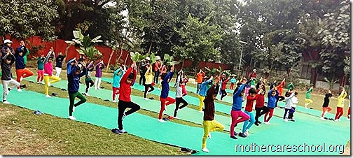 Kids doing Yoga at Mothercare Sportsfest (1)