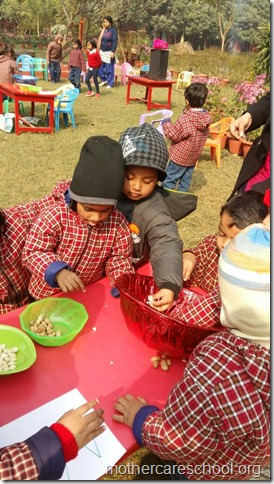 LOHRI and Makar Sankranti celebration in school with a bonfire (10)