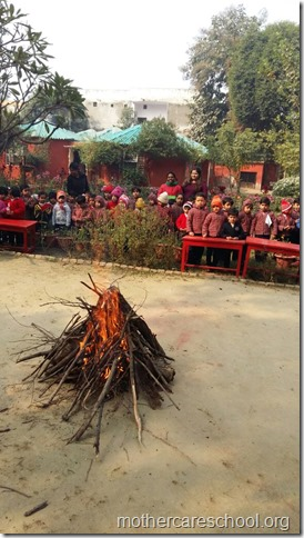 LOHRI and Makar Sankranti celebration in school with a bonfire (15)