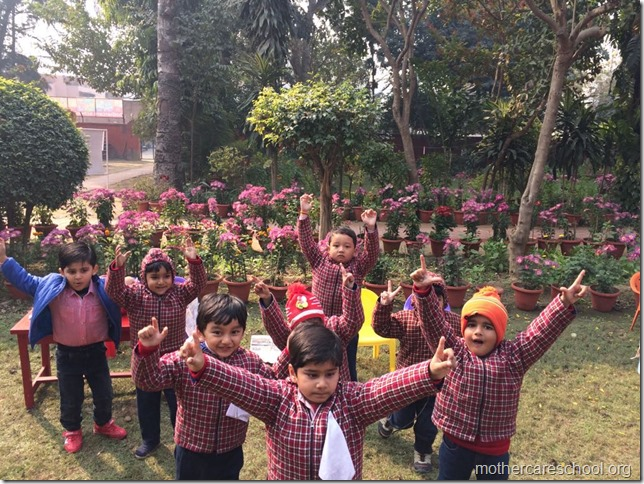 LOHRI and Makar Sankranti celebration in school with a bonfire (4)