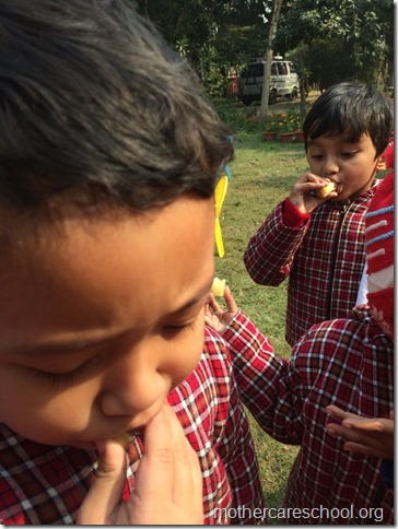 LOHRI and Makar Sankranti celebration in school with a bonfire (6)