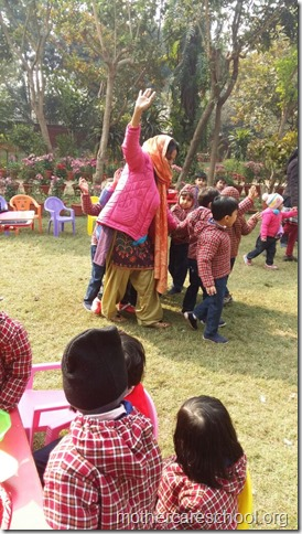 LOHRI and Makar Sankranti celebration in school with a bonfire (7)