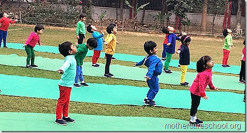 Mothercare Kids doing Yoga at Sportsfest