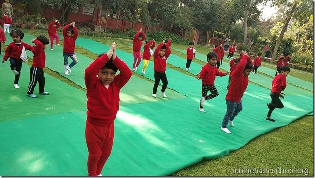 playgroup yoga (1)