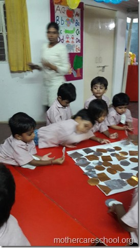 Ravan in the making by the playgroup at Mothercare school (1)