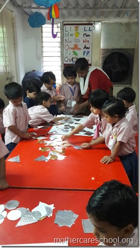 Ravan in the making by the playgroup at Mothercare school (2)