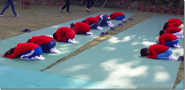 yoga lkg mag (2)