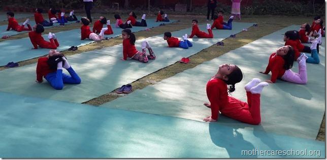 yoga lkg mag (3)